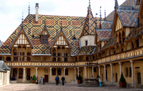 hospices-de-beaune-1.jpg